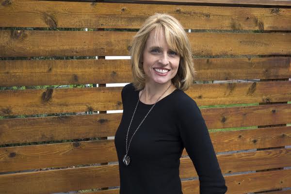 Author pic - Lauren Blakely